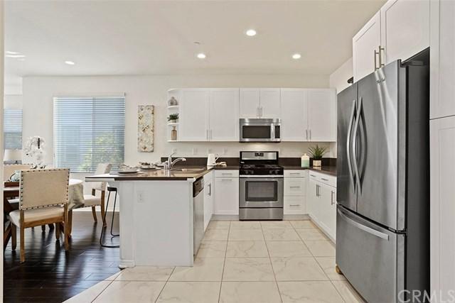 1710 E Mariposa Avenue #3, El Segundo, CA 90245 (#PW18273035) :: Millman Team