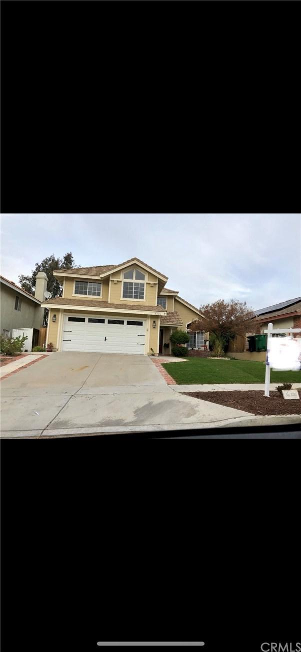 3455 Sterling Drive, Corona, CA 92882 (#IV18291928) :: Kim Meeker Realty Group