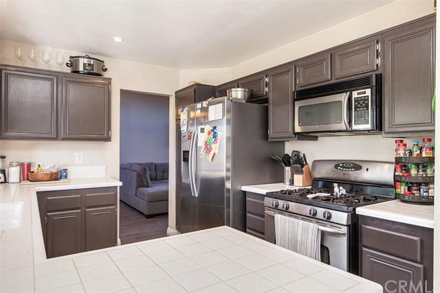 24449 Sagecrest Circle, Murrieta, CA 92562 (#SW18296020) :: Z Team OC Real Estate