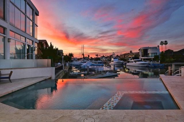 23 Green Turtle Road, Coronado, CA 92118 (#190006139) :: The Laffins Real Estate Team