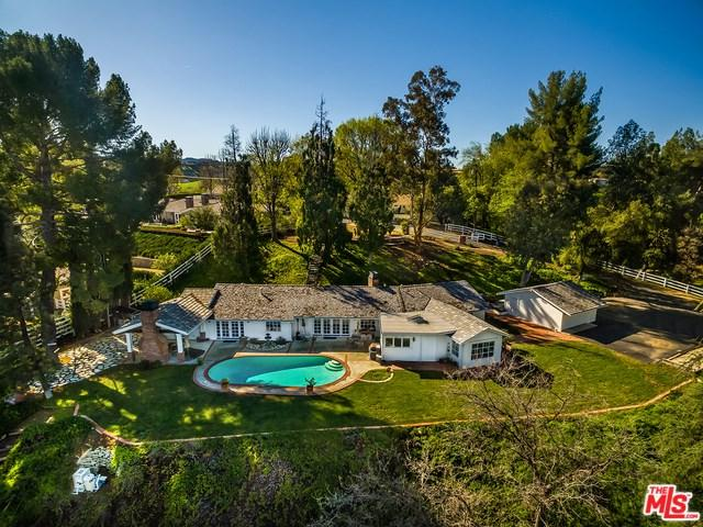 24173 Lupin Hill Road, Hidden Hills, CA 91302 (#19429350) :: Go Gabby