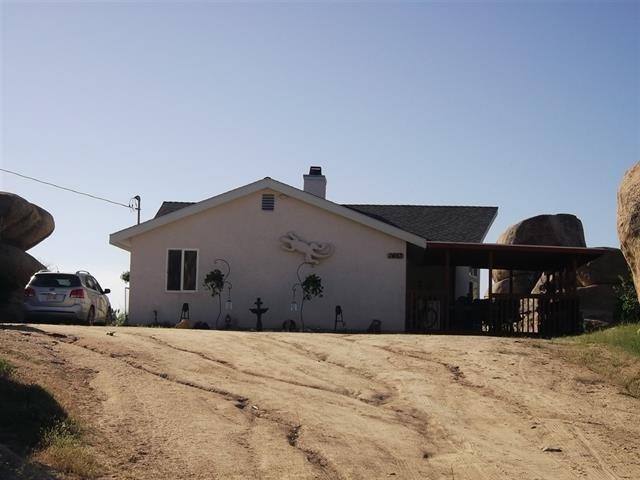 1453 Starship Lane, Jacumba, CA 91934 (#190009130) :: Jacobo Realty Group