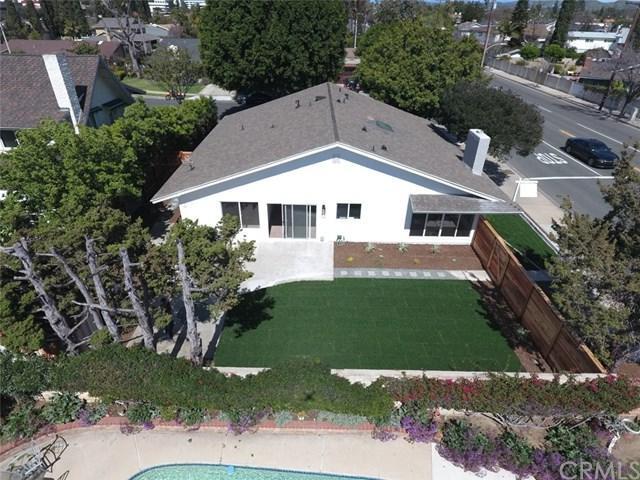14621 Yorba Street, Tustin, CA 92780 (#OC19063553) :: Fred Sed Group