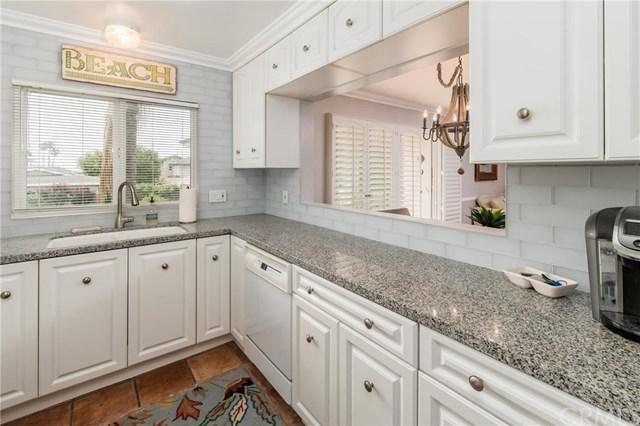 1594 Via Capri #9, Laguna Beach, CA 92651 (#NP19089340) :: Doherty Real Estate Group