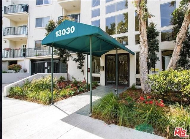 13030 Valleyheart Drive #108, Studio City, CA 91604 (#19457066) :: Kim Meeker Realty Group