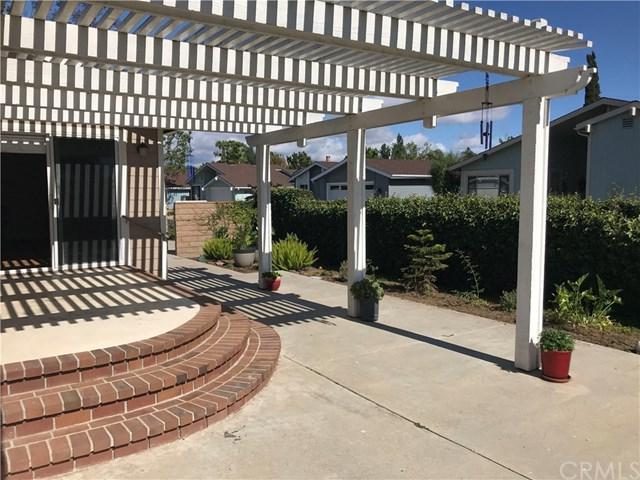 2500 Forest Lake Drive, Santa Ana, CA 92705 (#OC19114936) :: California Realty Experts