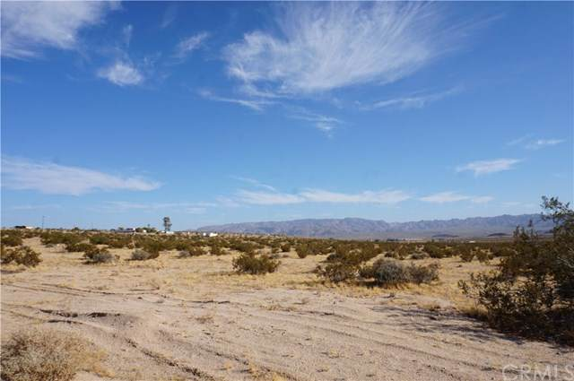0 Mesa Verde, 29 Palms, CA  (#NP19135856) :: Sperry Residential Group