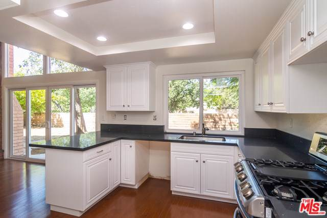 5511 Cedarhaven Drive, Agoura Hills, CA 91301 (#19481088) :: Bob Kelly Team