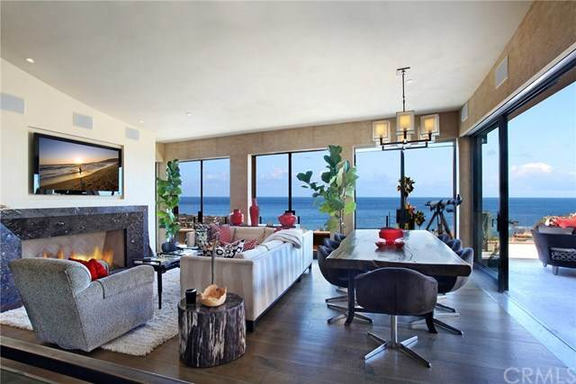 1115 Emerald Bay, Laguna Beach, CA 92651 (#LG19174968) :: Doherty Real Estate Group