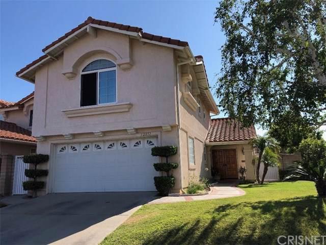 12051 Falcon Ridge Way, Porter Ranch, CA 91326 (#SR19162853) :: Faye Bashar & Associates