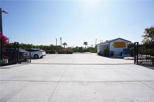 8681 Grove Avenue, Rancho Cucamonga, CA 91730 (#TR19200112) :: Veléz & Associates