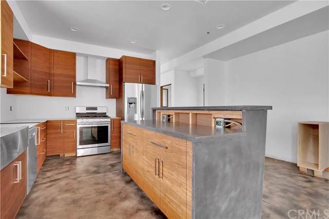 223 W Ramona Street, Ventura, CA 93001 (#SB19201058) :: Rogers Realty Group/Berkshire Hathaway HomeServices California Properties