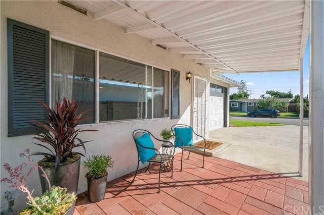 246 Camellia Lane, Costa Mesa, CA 92627 (#OC19214593) :: Allison James Estates and Homes