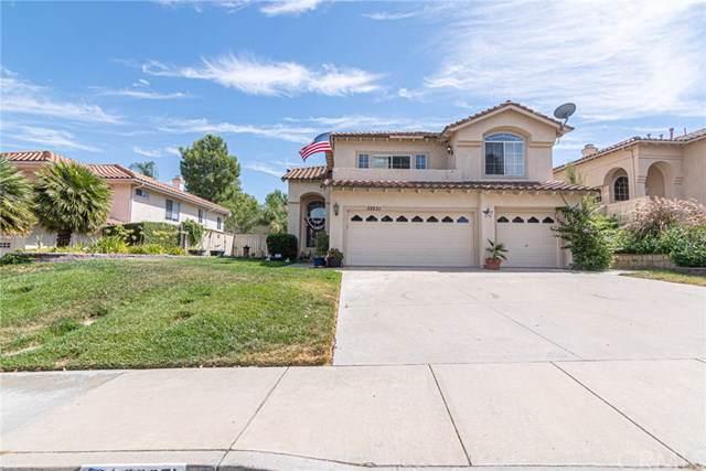 32251 Via Benabarre, Temecula, CA 92592 (#SW19214915) :: Allison James Estates and Homes
