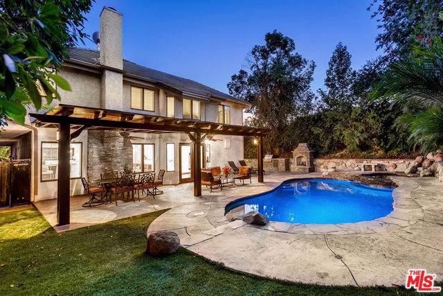 5638 Walnut Ridge Drive, Agoura Hills, CA 91301 (#19506860) :: J1 Realty Group