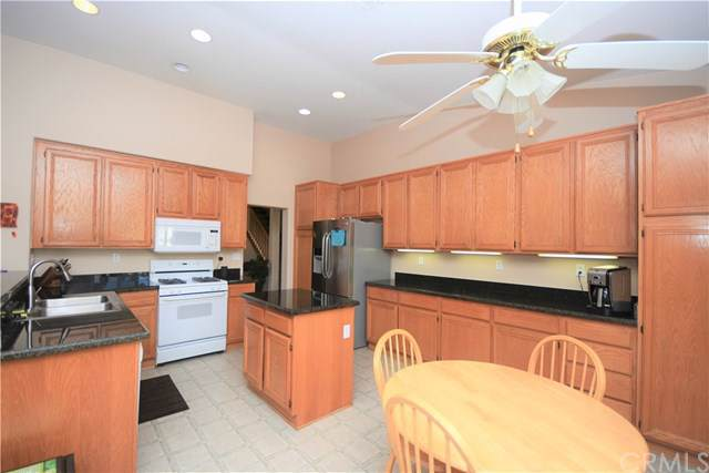 32230 Corte Del Cerro, Temecula, CA 92592 (#SW19223876) :: Allison James Estates and Homes