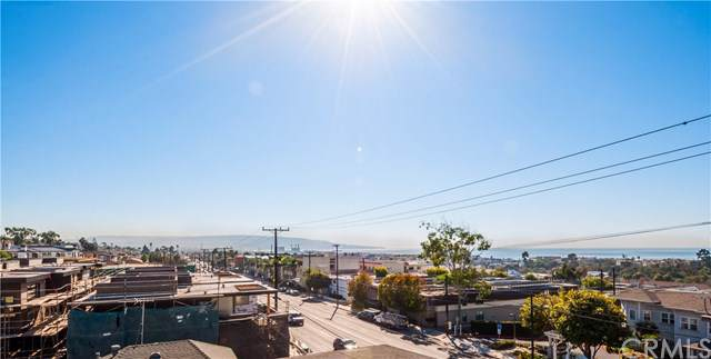 1860 Pacific Coast Highway B, Hermosa Beach, CA 90254 (#SB19233124) :: Rogers Realty Group/Berkshire Hathaway HomeServices California Properties