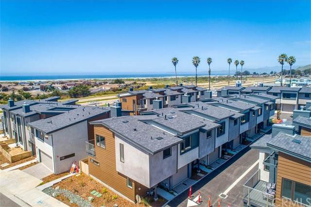 2426 Main, Morro Bay, CA 93442 (#SC19235635) :: Sperry Residential Group