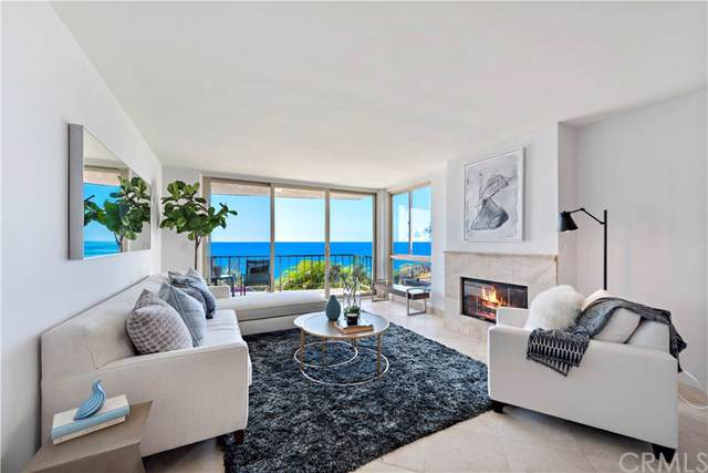 530 Cliff Drive #103, Laguna Beach, CA 92651 (#LG19239005) :: Doherty Real Estate Group