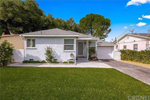 10727 Rhodesia Avenue, Sunland, CA 91040 (#SR19244973) :: The Brad Korb Real Estate Group