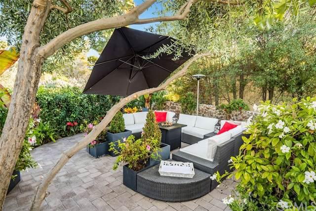 2817 Via Alvarado, Palos Verdes Estates, CA 90274 (#PV19248080) :: Sperry Residential Group