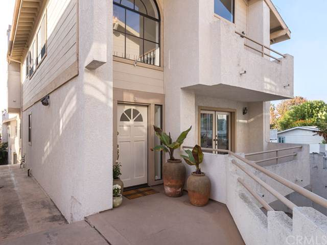 109 S Guadalupe Avenue B, Redondo Beach, CA 90277 (#SB19263746) :: Allison James Estates and Homes