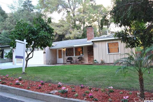 1345 Selvas Place, Glendale, CA 91208 (#319004744) :: eXp Realty of California Inc.