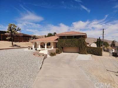 7545 Pinon Drive, Yucca Valley, CA 92284 (#JT20047565) :: Go Gabby