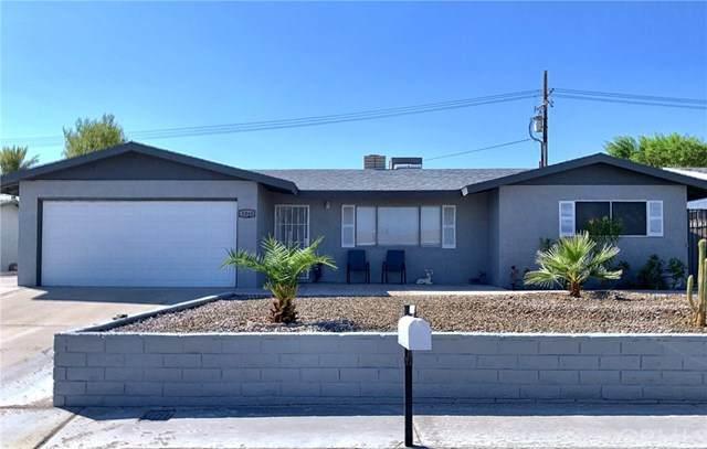 1325 Larchwood Street, Needles, CA 92363 (#JT20190295) :: Go Gabby