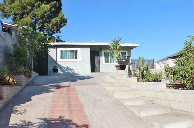 530 Bonita Street, San Pedro, CA 90731 (#OC20245102) :: Go Gabby