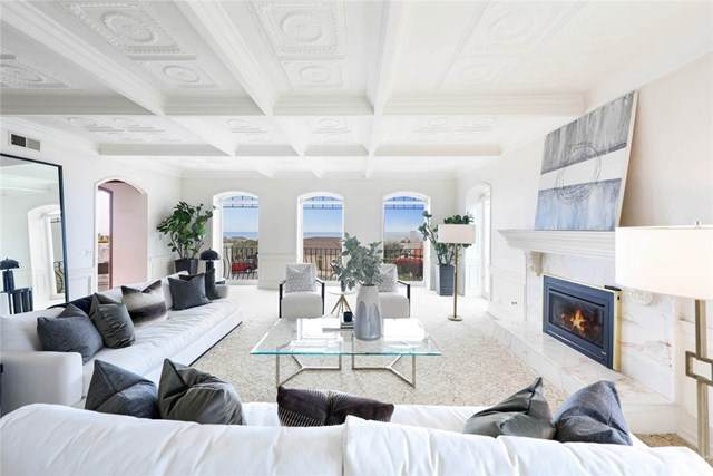 4 Narbonne W, Newport Beach, CA 92660 (#NP21071723) :: Legacy 15 Real Estate Brokers