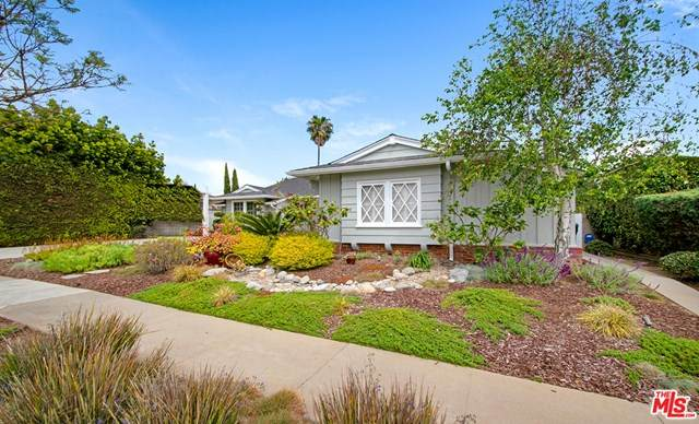 5812 S Garth Avenue, Los Angeles (City), CA 90056 (#21722496) :: Steele Canyon Realty