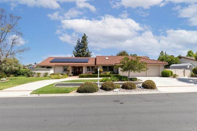 1420 Ventana Drive, Escondido, CA 92029 (#NDP2104959) :: Mainstreet Realtors®