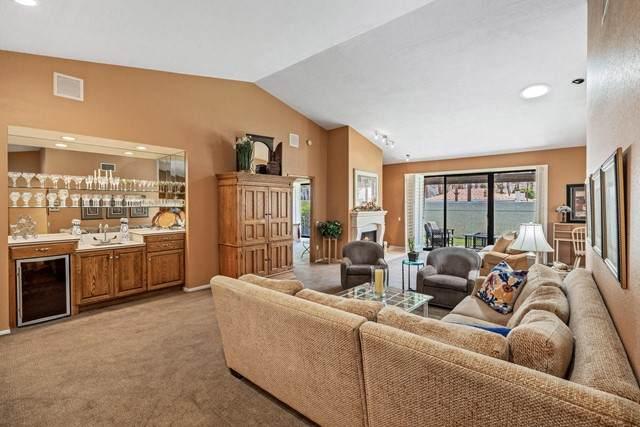 49465 Avenida Club La Quinta, La Quinta, CA 92253 (#219062613DA) :: Berkshire Hathaway HomeServices California Properties