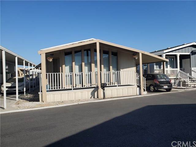 3667 Valley Boulevard, Pomona, CA 91768 (#EV21121615) :: BirdEye Loans, Inc.