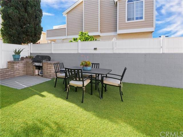 2205 Grant Avenue #5, Redondo Beach, CA 90278 (#SB21111415) :: Powerhouse Real Estate