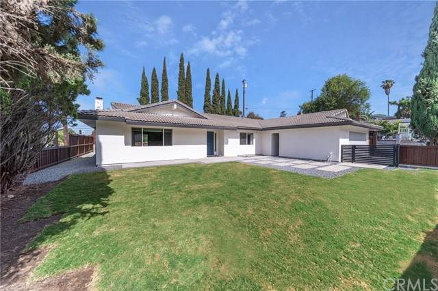 601 Casa Blanca Drive, Fullerton, CA 92832 (#PW21125464) :: The Kohler Group