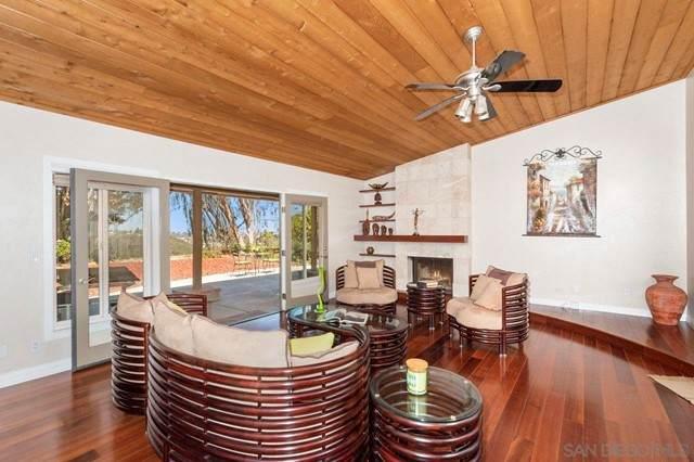 6319 Chorlito Street, Carlsbad, CA 92009 (#210016324) :: Swack Real Estate Group | Keller Williams Realty Central Coast