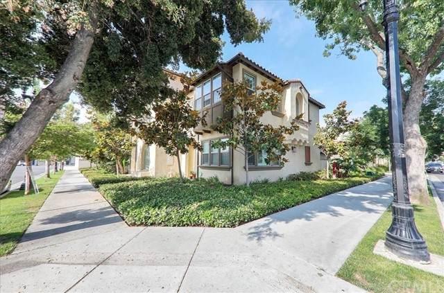 488 N Porter Street, Santa Ana, CA 92701 (#PW21133863) :: Team Tami