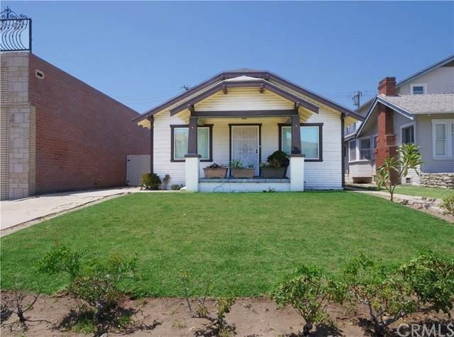 1695 1695 1/2 Gramercy, Torrance, CA 90501 (MLS #PV21142553) :: CARLILE Realty & Lending
