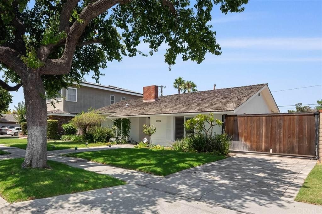 5137 Vista Hermosa Street - Photo 1