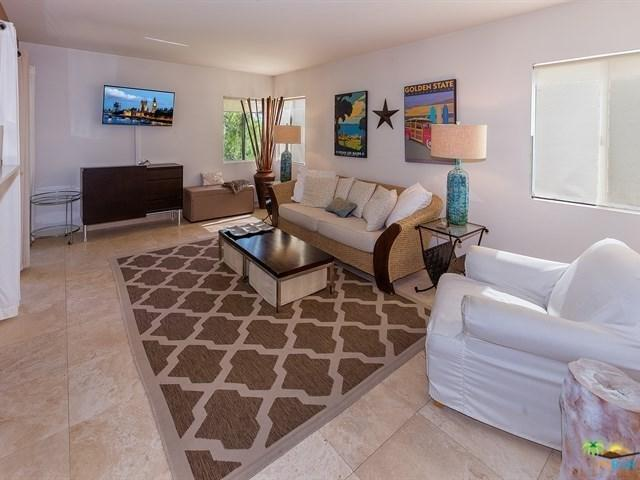 22 Corniche Drive C, Dana Point, CA 92629 (#17278632PS) :: Berkshire Hathaway Home Services California Properties