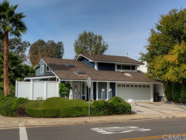 25511 Mcintyre Street, Laguna Hills, CA 92653 (#OC17262740) :: Z Team OC Real Estate