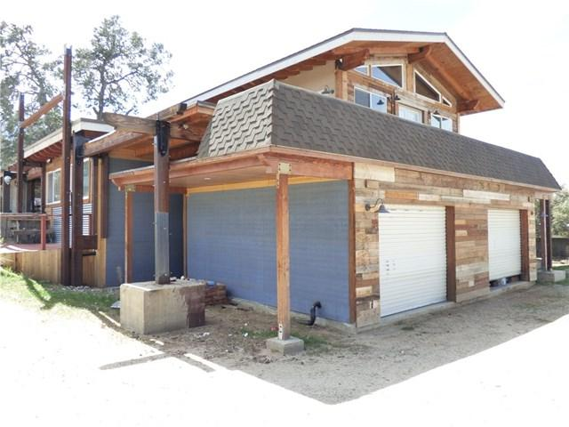 69745 Sugarloaf Avenue, Mountain Center, CA 92561 (#SW18079083) :: Z Team OC Real Estate
