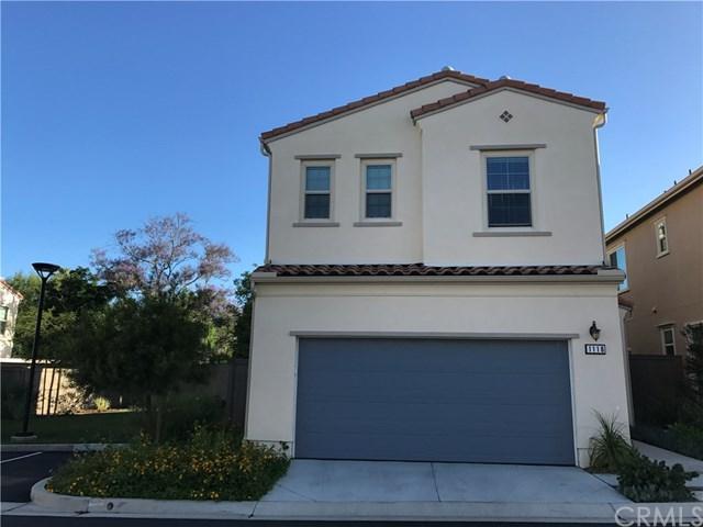 1116 Sage Lane, Vista, CA 92084 (#SW19123174) :: Go Gabby