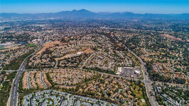 24372 Berrendo #7, Laguna Hills, CA 92656 (#OC19134771) :: Sperry Residential Group