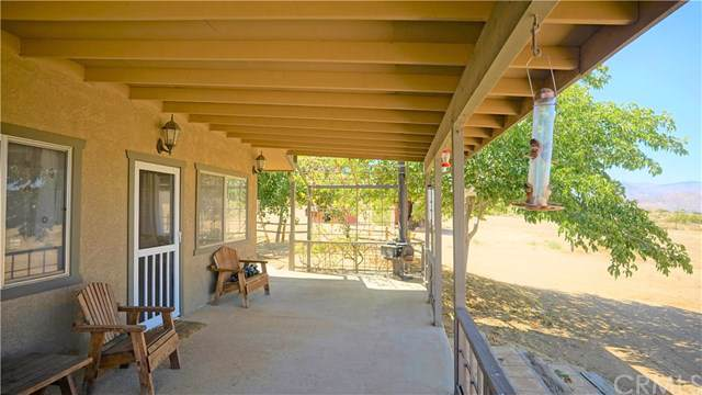 57626 Ross Street, Yucca Valley, CA 92284 (#JT19155347) :: RE/MAX Masters