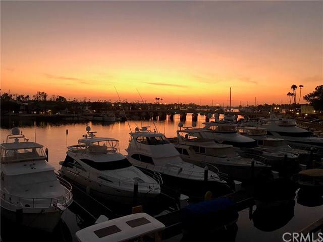 1233 Bayside Drive #207, Corona Del Mar, CA 92625 (#NP19160776) :: Sperry Residential Group