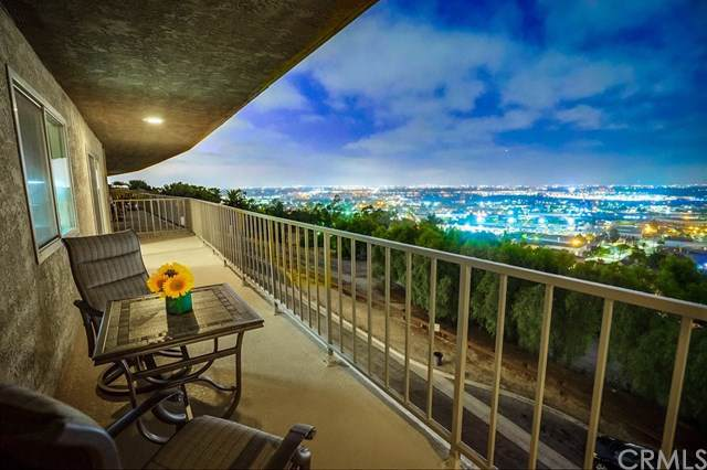 2700 E Panorama Drive #302, Signal Hill, CA 90755 (#PW19202476) :: Fred Sed Group