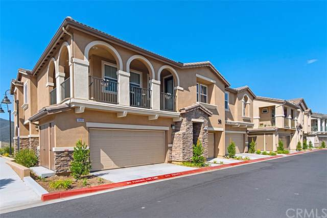 28065 Calle Casera, Temecula, CA 92592 (#SW19214913) :: The Bashe Team